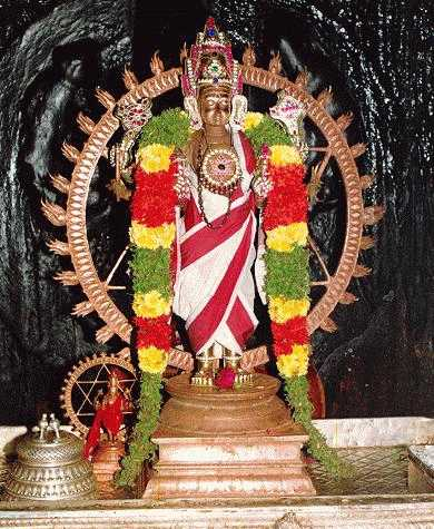 http://ramanuja.org/sv/temples/srirangam/chakra-reduced-color.jpg